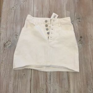 Brandy Melville white skirt NWT
